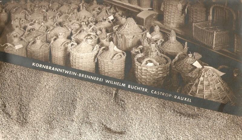 30 Liter Korb-Glasflaschen Kornbrennerei-Buechter um 1906