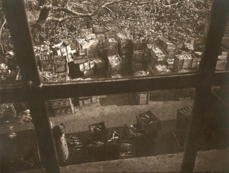 Kornbrennerei-Buechter-Flaschen Recycling um 1950