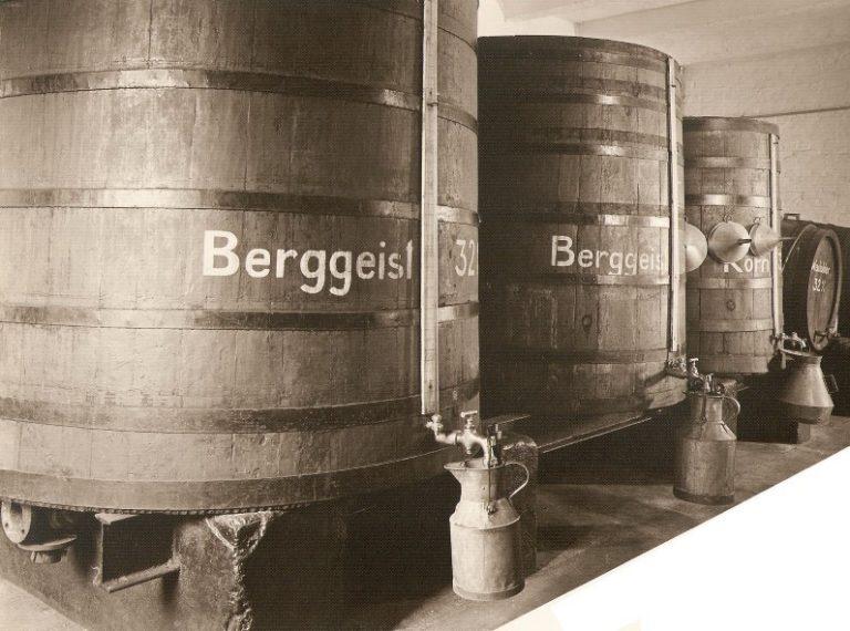 Tanklager Kornbrennerei-Buechter um 1906